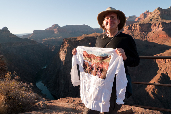 Erik posing with the t-shirt illustrating the scene almost directly behind him.